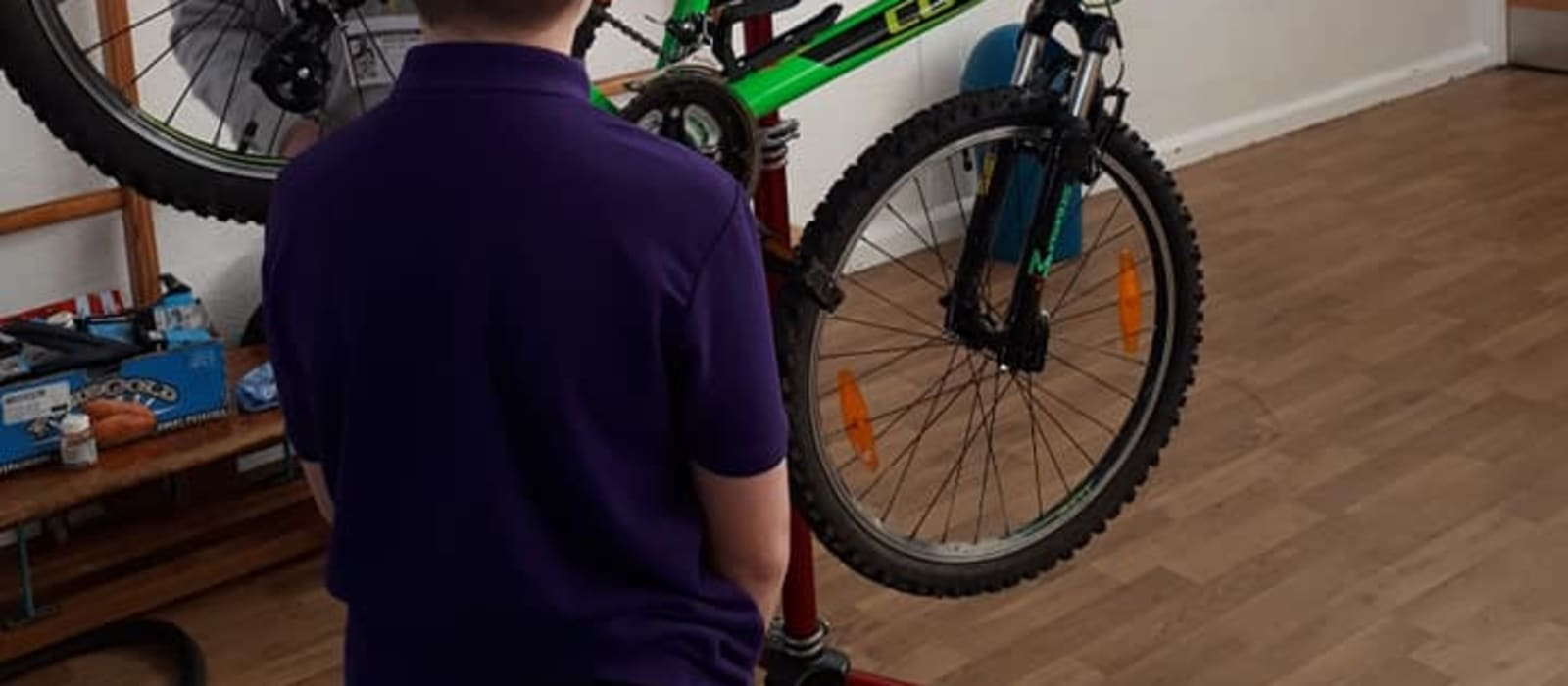 Dr Bike visits Fieldhead Carr Primary School